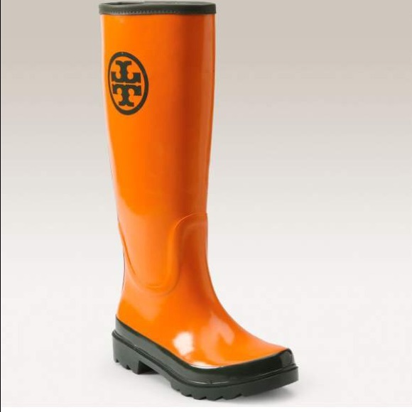 b68458b7250 Tory Burch Orange and Forest Green Tall Rain Boots.  M 5aa9c25250687c5db1430496